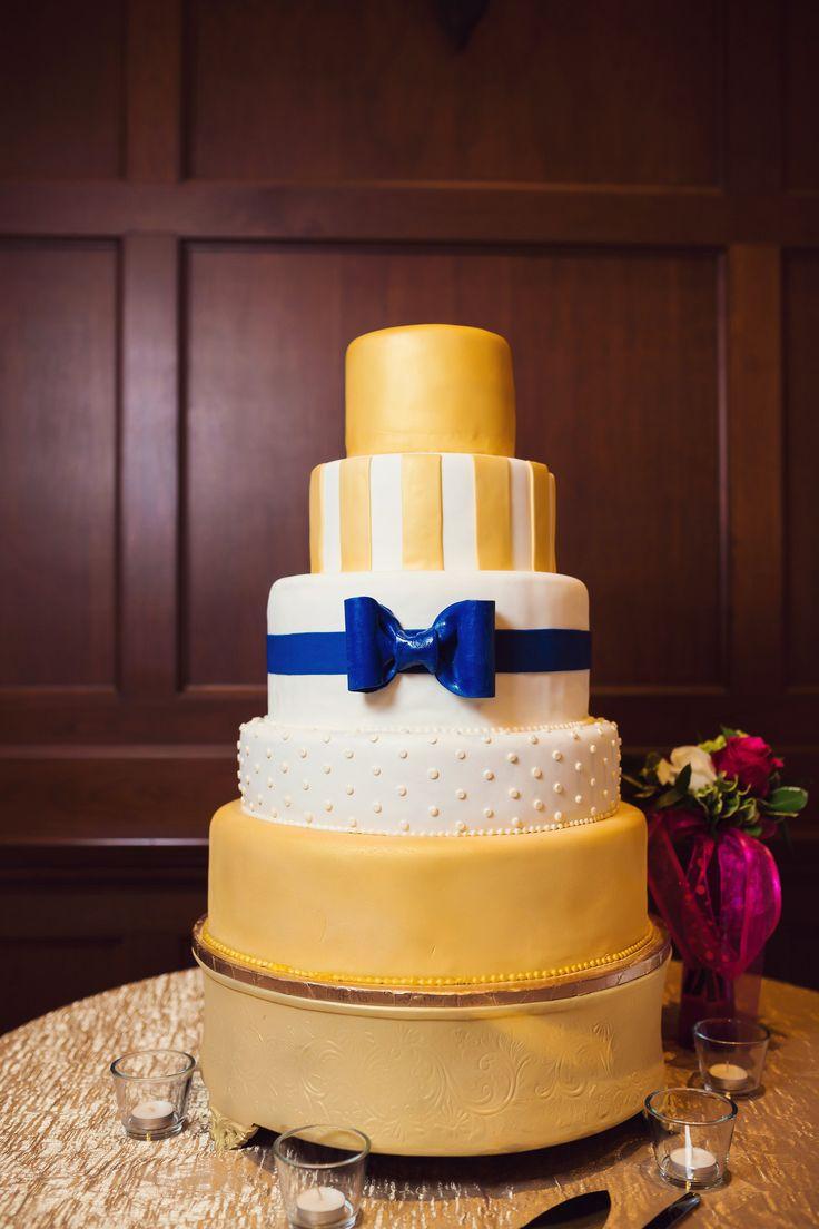 11 Solid White Wedding Cakes Photo White And Gold Wedding Cake