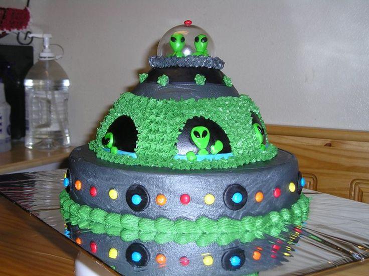 Remarkable 9 Tasty Planet 2 Birthday Cakes Photo Batman And Robin Birthday Funny Birthday Cards Online Elaedamsfinfo