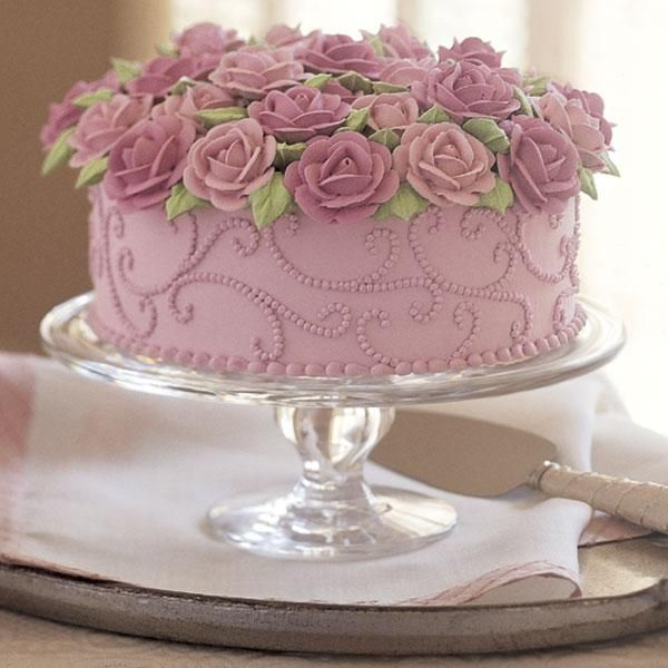 Anniversary Cake With Flowers