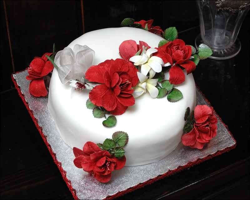 13 Lots Of Birthday Cakes With Roses On Them Photo Buttercream