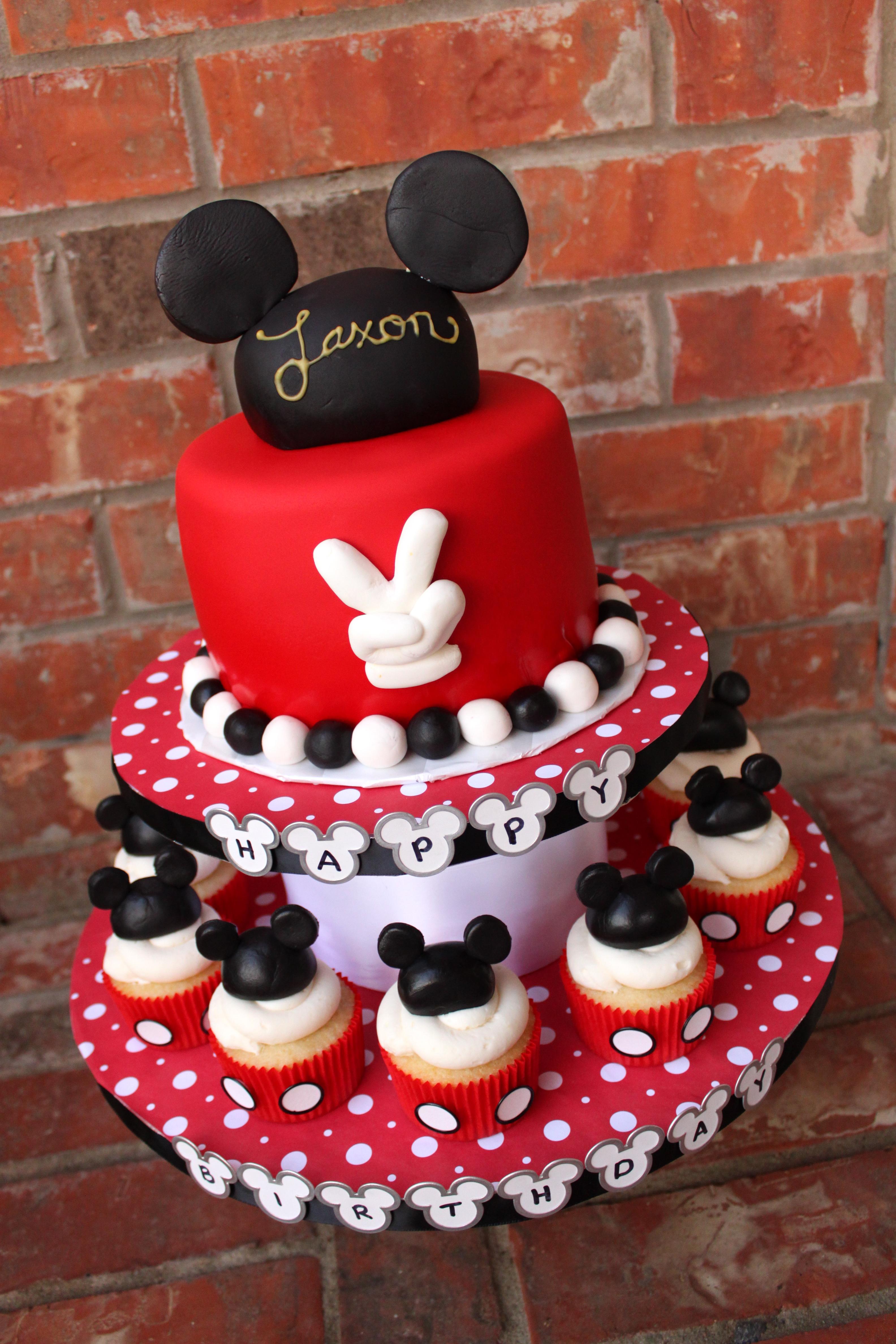 Awe Inspiring 11 Mickey Mouse Birthday Cakes With Cupcakes Photo Mickey Mouse Personalised Birthday Cards Paralily Jamesorg