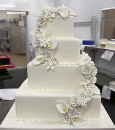 10 huge wedding cakes from cake boss photo buddy cake boss wedding cake boss wedding cake junglespirit Gallery