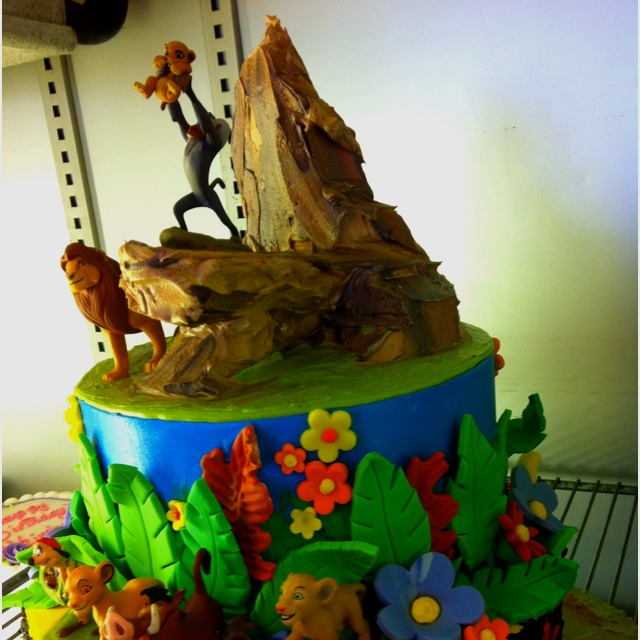 Amazing 12 Lion King Wedding Cakes Designs Photo Lion King Cake Lion Funny Birthday Cards Online Barepcheapnameinfo