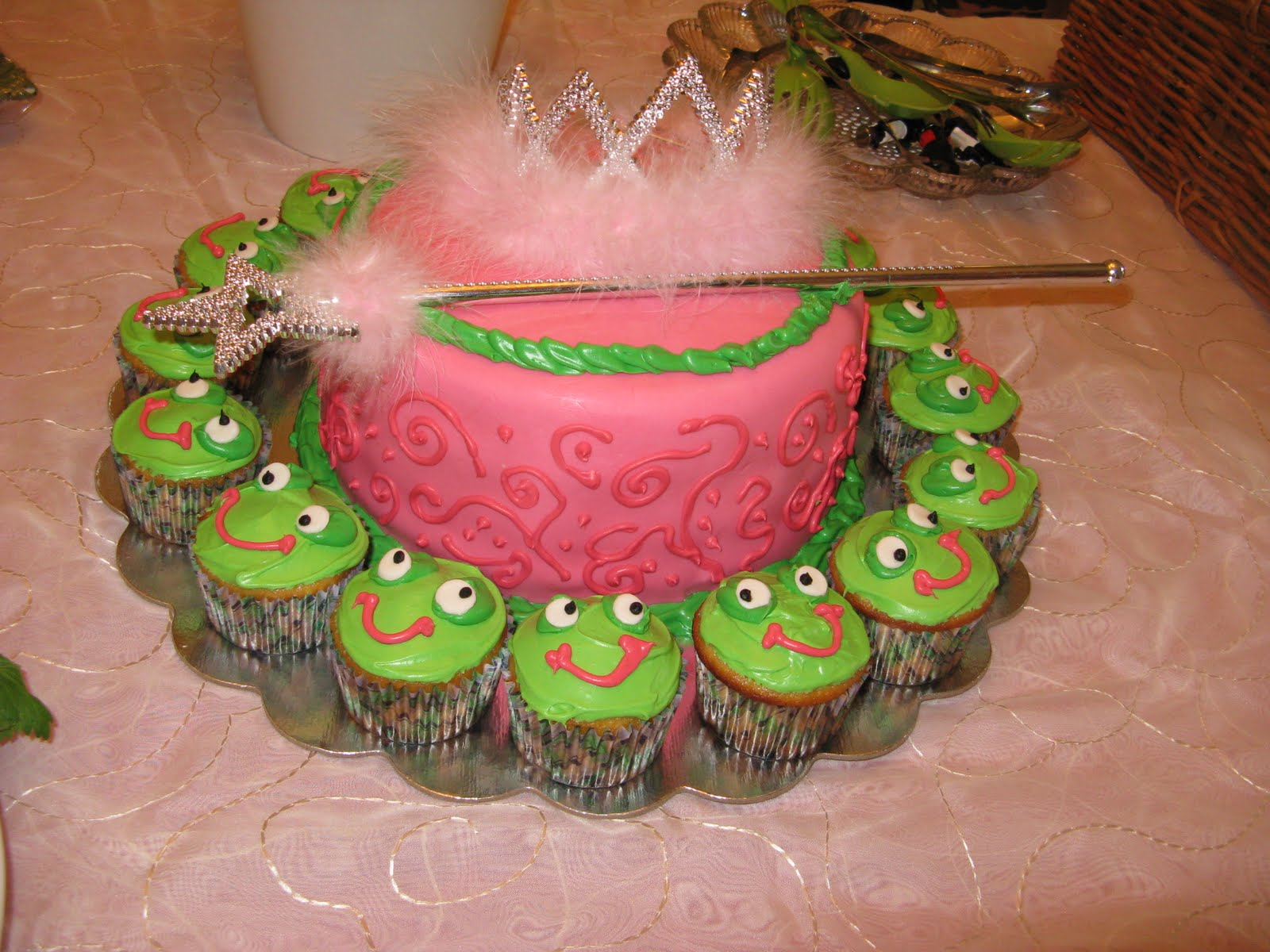 12 Princess And Frog Baby Shower Cakes Photo - The Princess and Frog ...