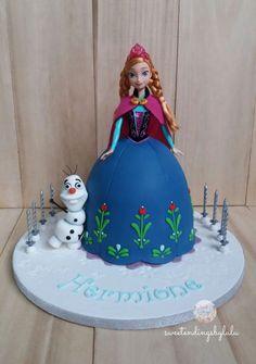 12 Disney Frozen Anna Princess Cakes Photo