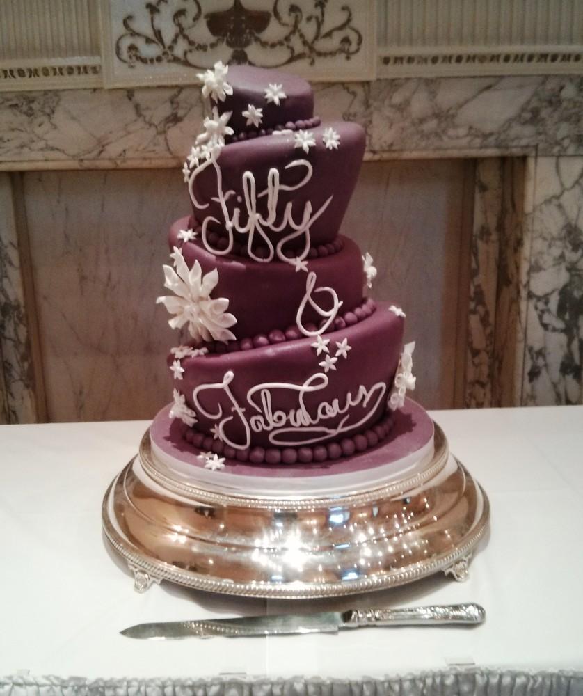 Tremendous 10 Fab Birthday Cakes For Men Photo Fabulous 50Th Birthday Cake Funny Birthday Cards Online Overcheapnameinfo