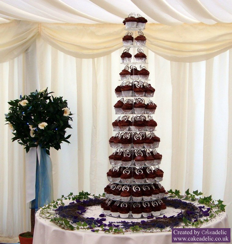 10 12 Tier Wedding Cakes Photo - Wedding Cake and Cupcake Tower ...