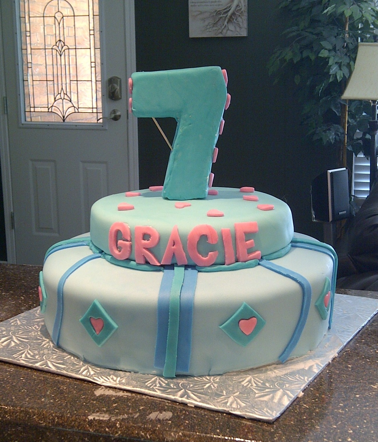 7 Years Old Girl Birthday Cake