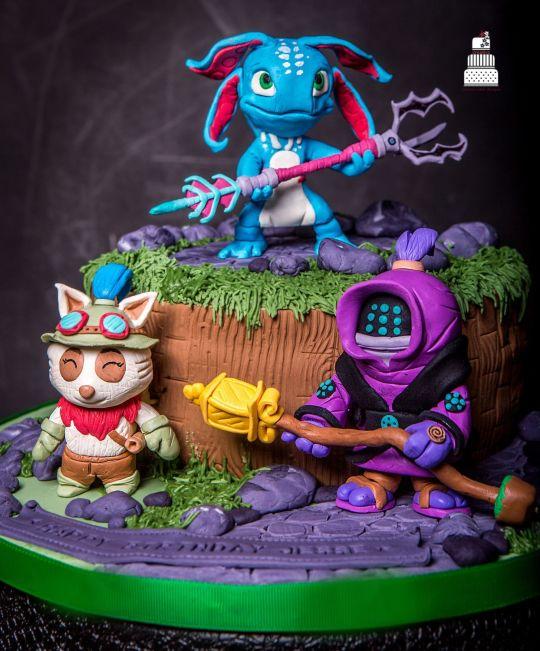 8 Birthday Cakes Lol Photo League Of Legends Birthday Cake League