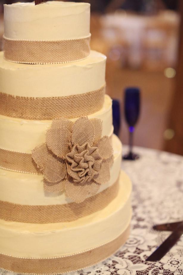 9 Simple Burlap Wedding Cakes With With N Photo - Burlap Wedding ...