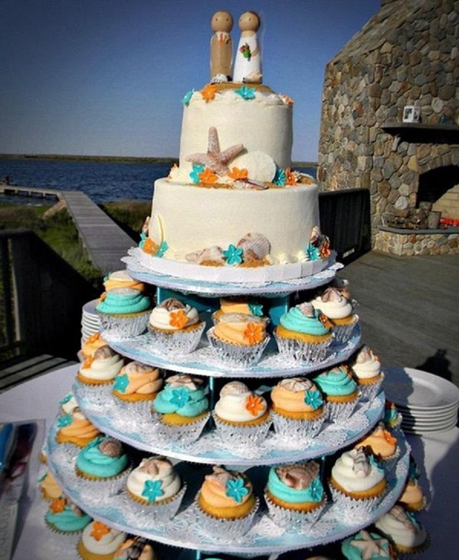 9 Beach Theme Wedding Cake With Cupcakes Photo Beach Cupcake