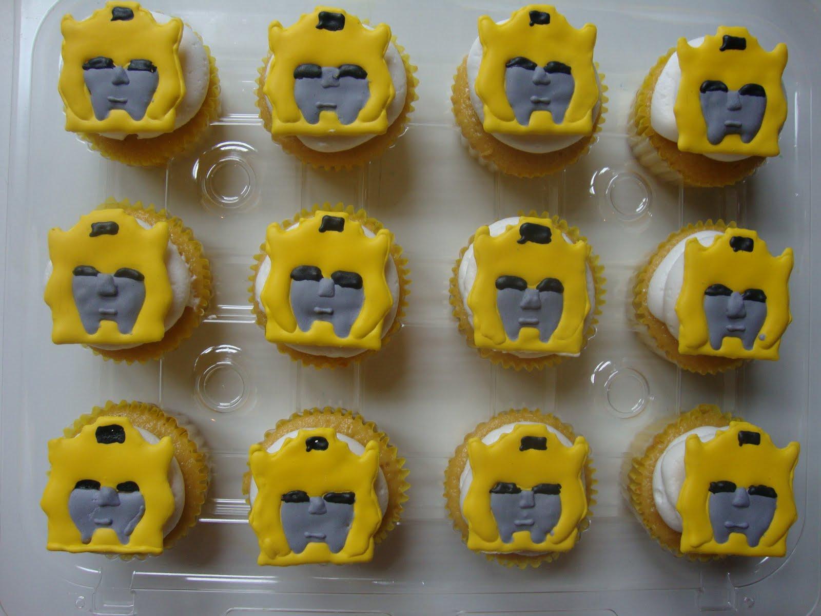 Transformer Bumblebee Cupcake Cake