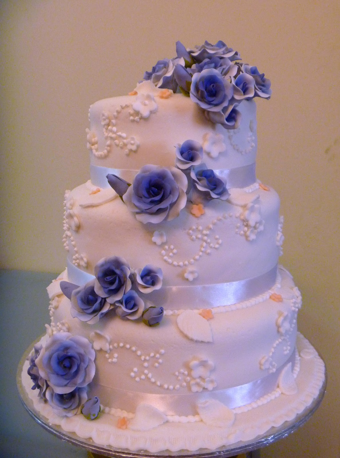 3 Tier Wedding Cakes Prices