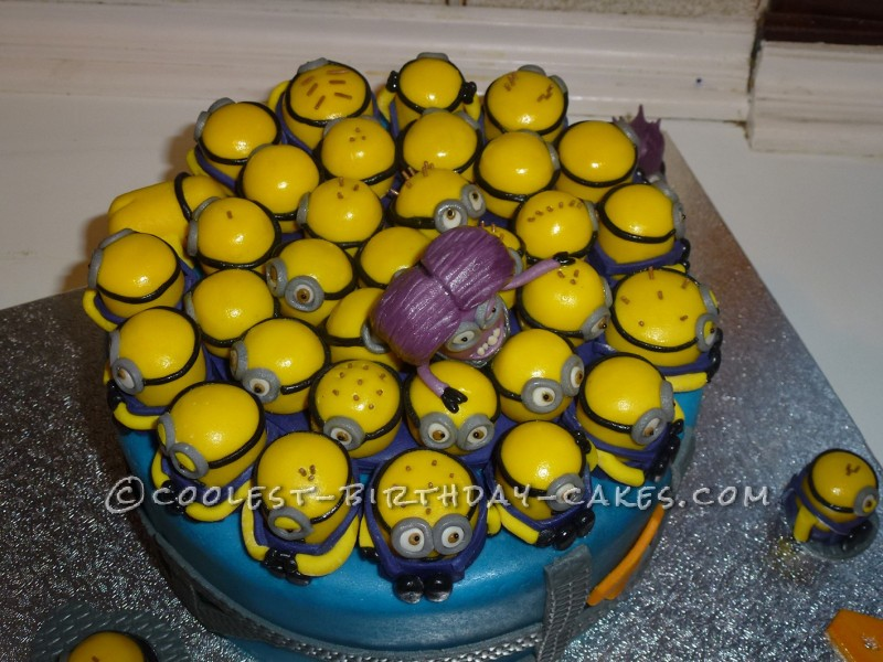 12 Coolest Despicable Me Minion Birthday Cakes Photo Coolest