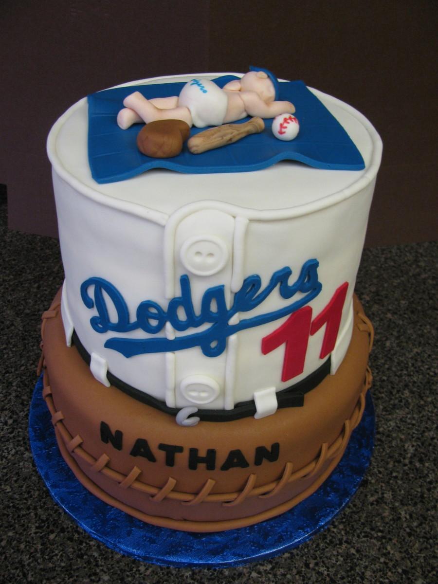 Strange 10 Dodger Cakes For Little Boys Photo Dodger Happy Birthday Cake Funny Birthday Cards Online Benoljebrpdamsfinfo