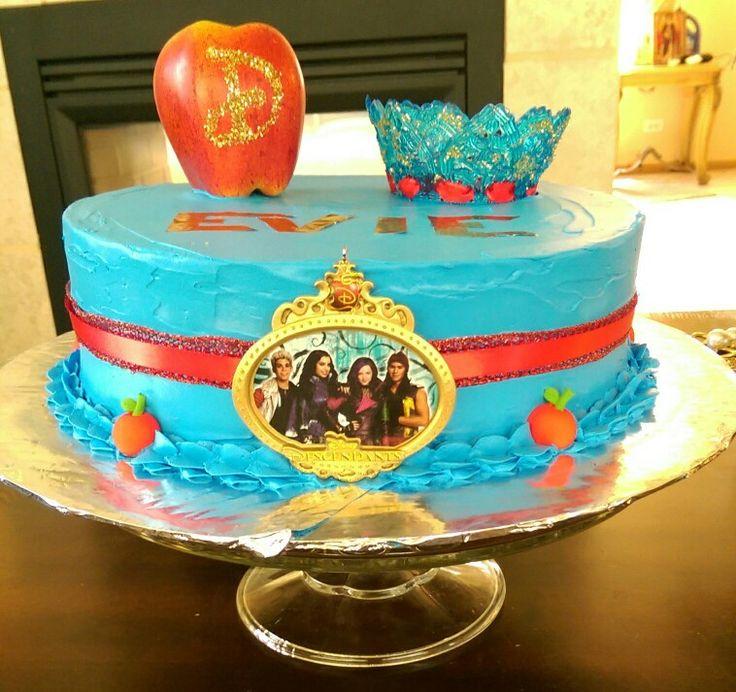 5 2 Cakes Descendants Fondinton Photo Evie Birthday Cake Disney