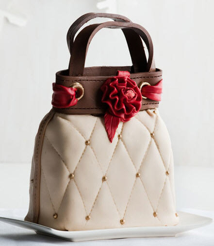 8 Photos Of Cakes That Look Like Purses