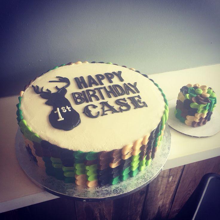 Deer Hunting Themed Birthday Cakes