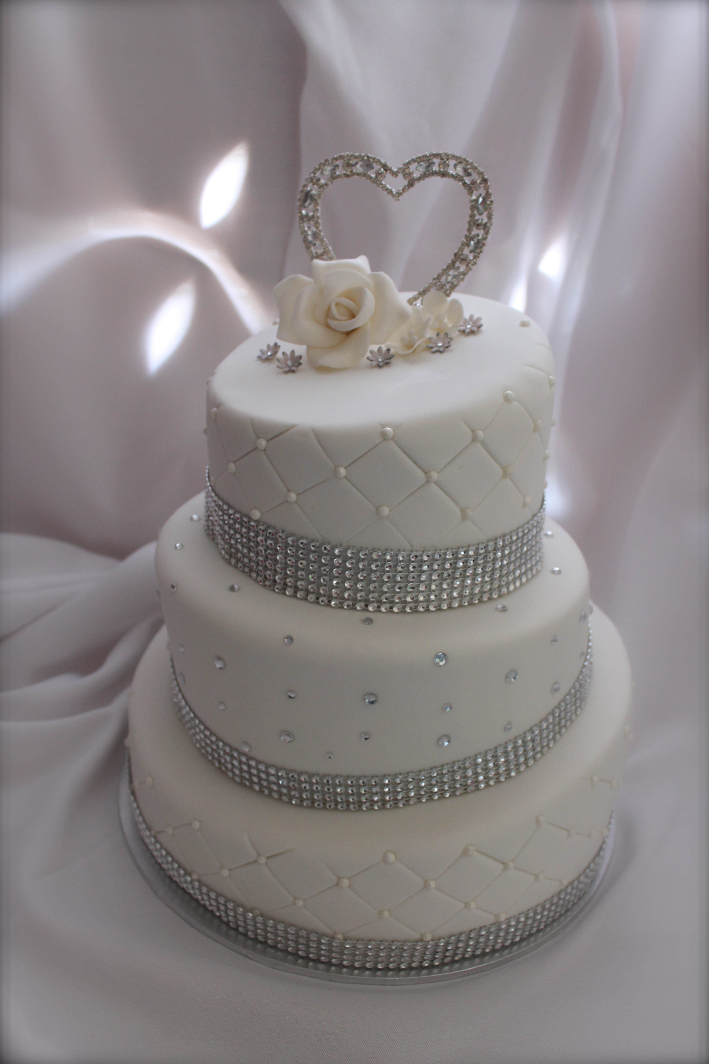 8 White And Silver Wedding Cakes Pinterest Photo - White and Silver ...