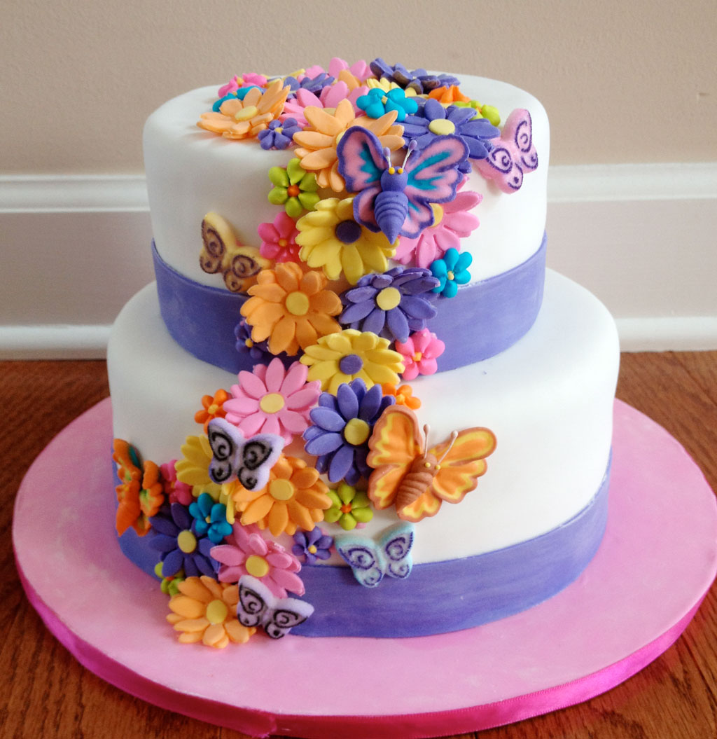 11 flowery birthday cakes photo flower birthday cake flower birthday cakes with flowers ideas izmirmasajfo