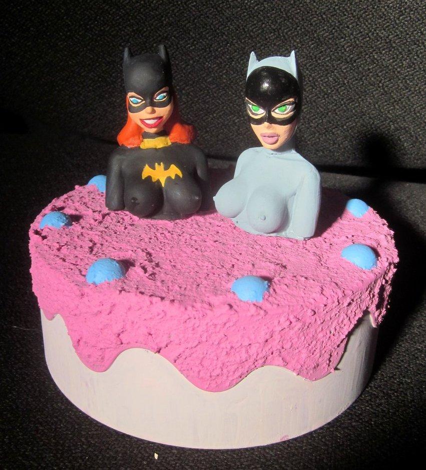 12 Batgirl Wedding Cakes Photo