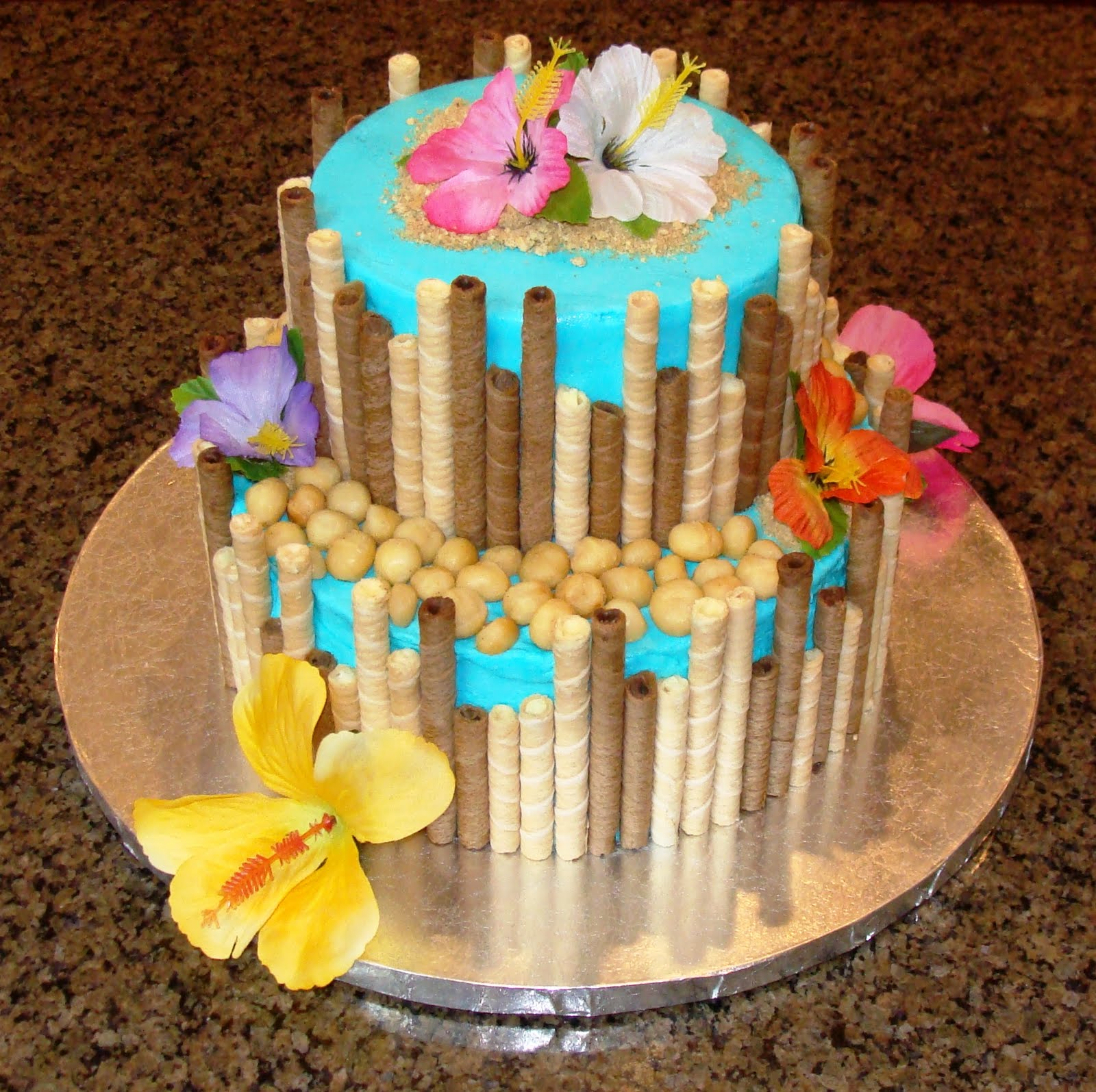10 Simple Cakes Hawaii Theme Photo