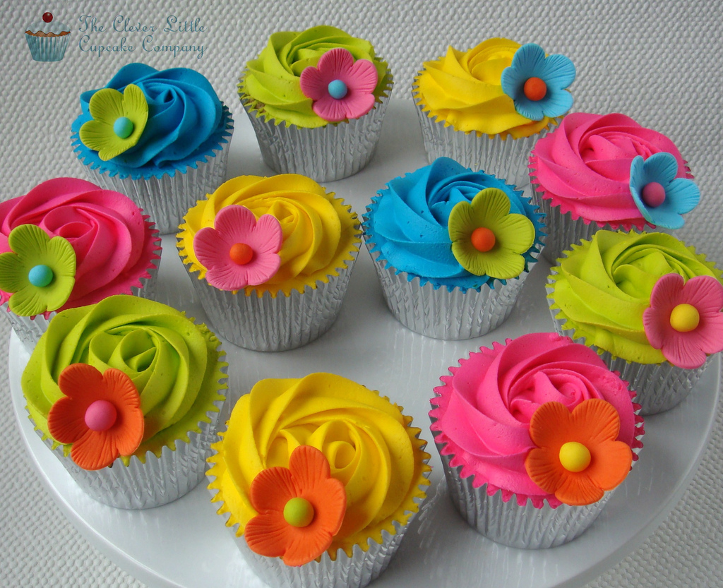 13 Bright Ideas For Little Girls Birthday Cake Cupcakes With Colored