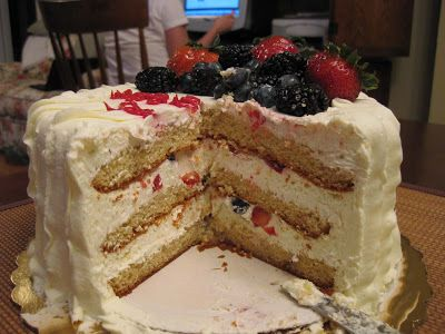 whole food chantilly cake price
