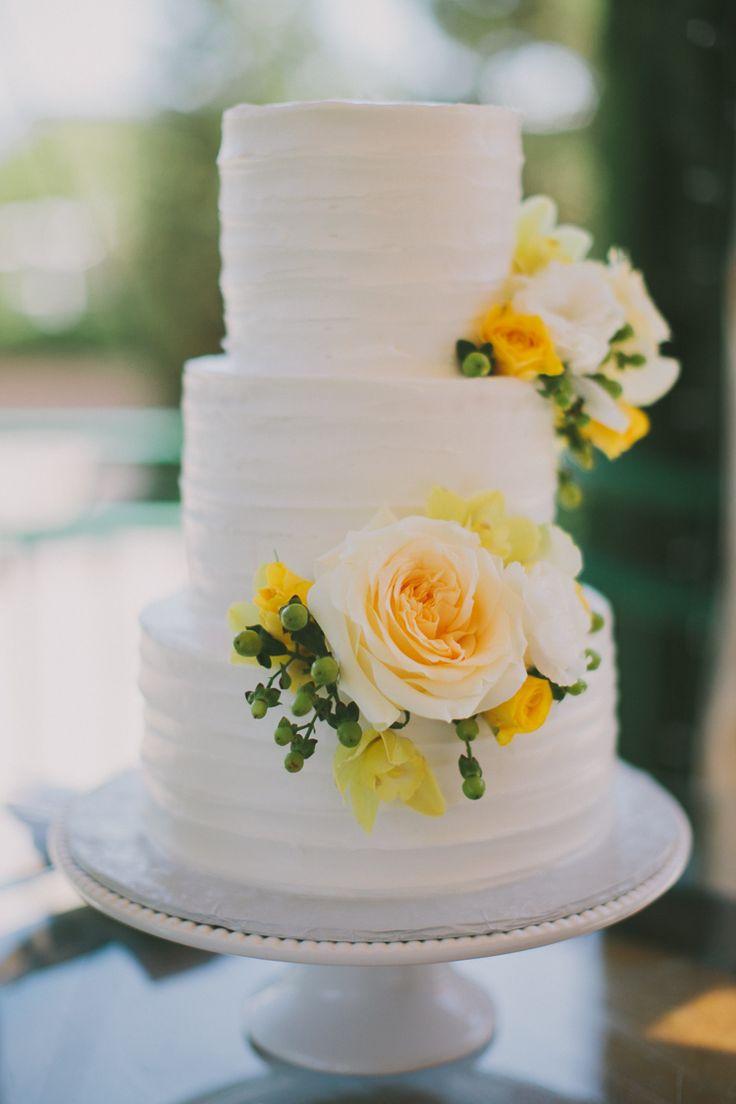 9 Simple Yellow Wedding Cakes Photo Wedding Cake With Yellow