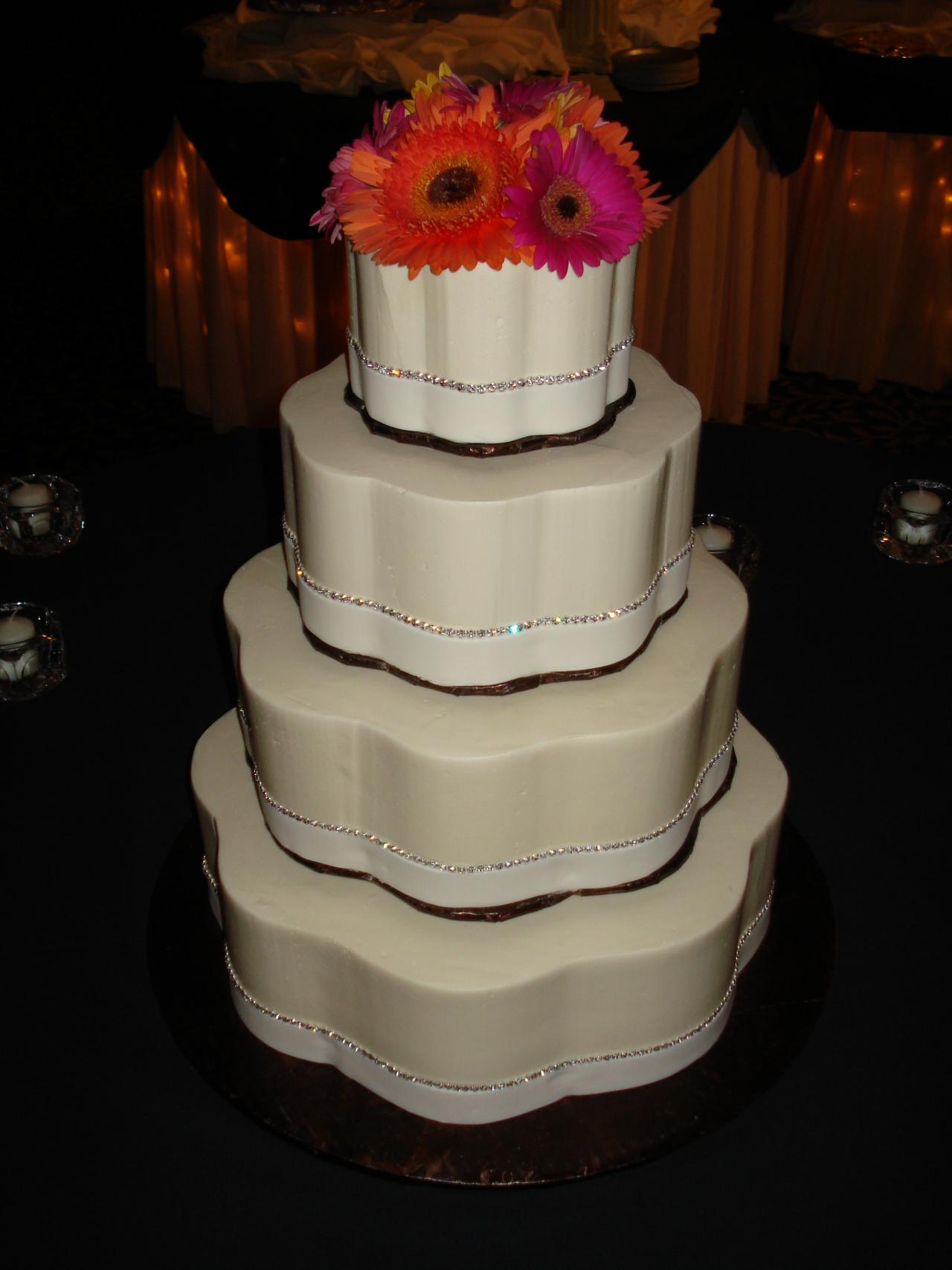 wedding cake decorated with rose petals 9 petal shaped cakes decorated photo buttercream petal 22365