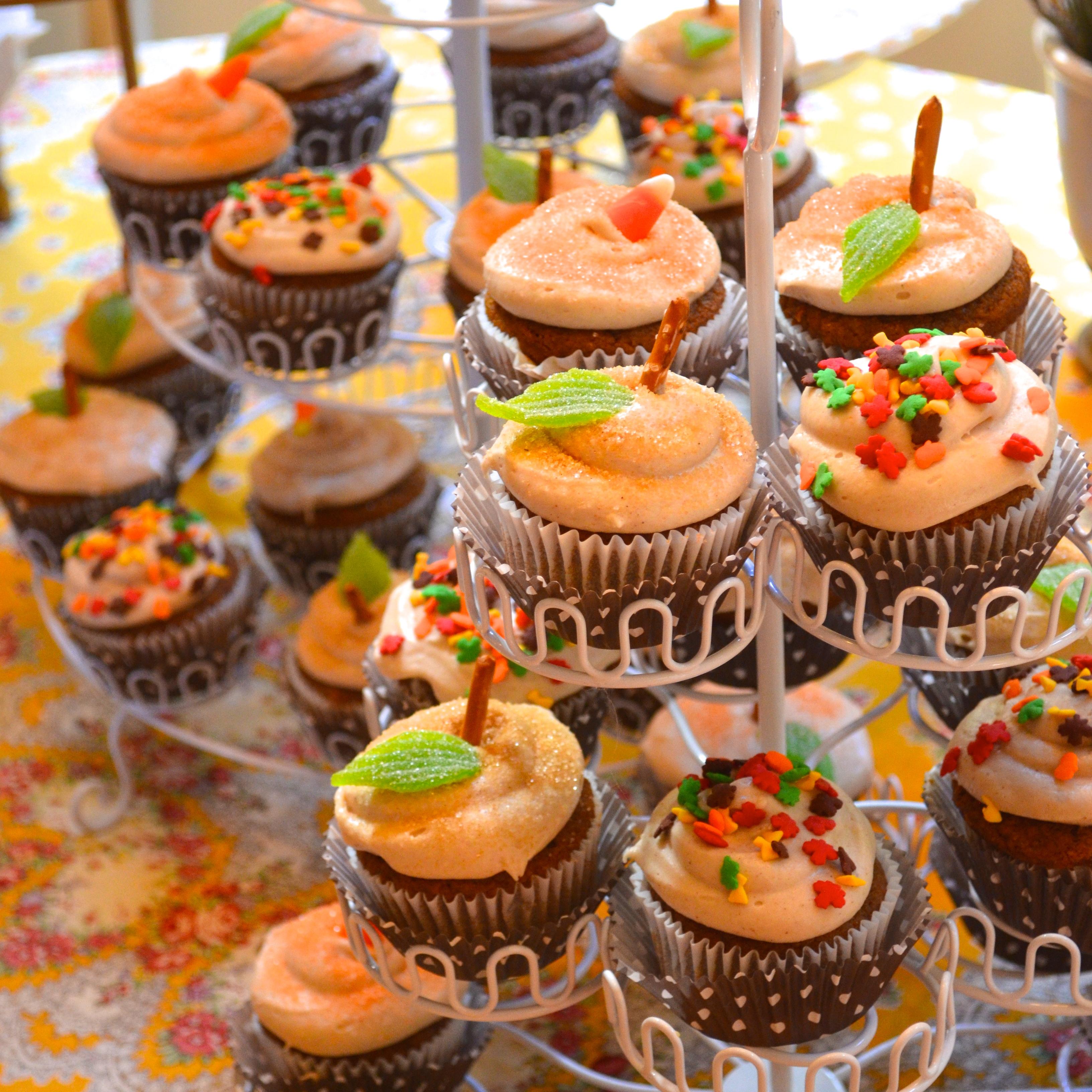 8 Autumn Themed Baby Shower Cupcakes Photo Autumn Fall Cupcake