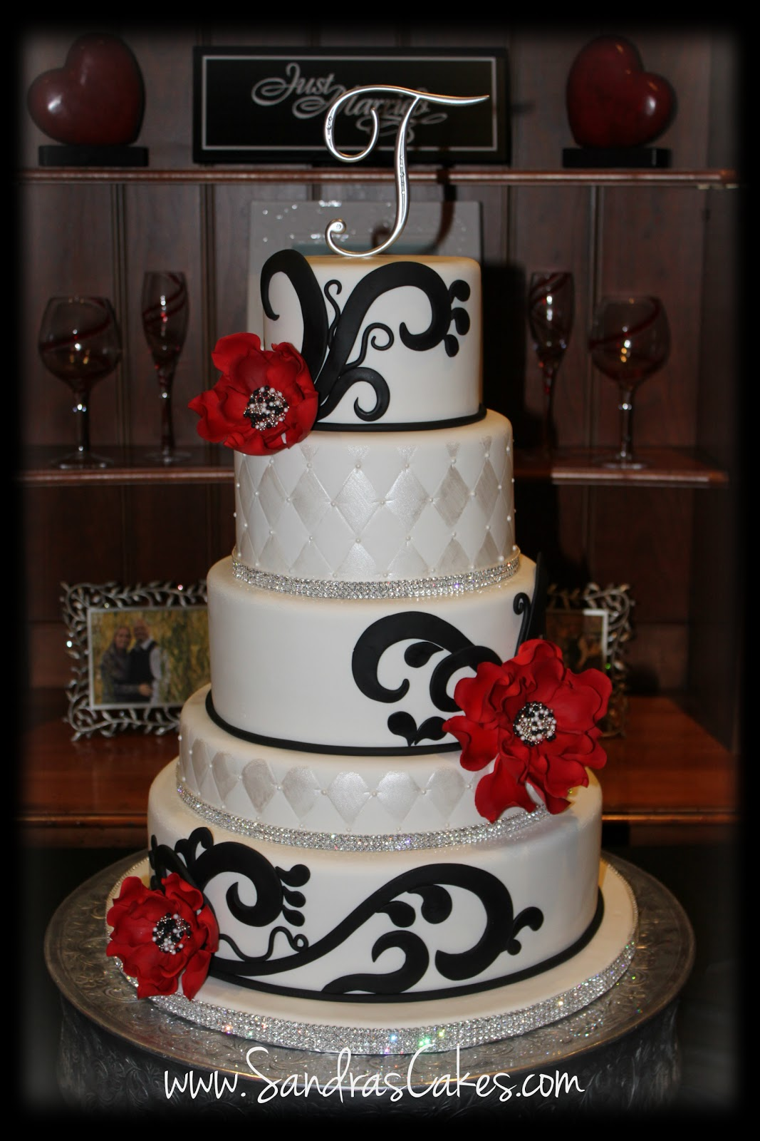 7 Red White And Black Wedding Weddings Cakes Photo - Red White and ...
