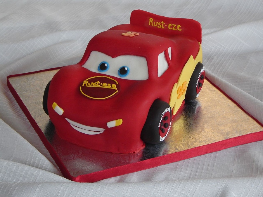 Pleasing 13 Lightning Mcqueen Birthday Cakes Photo Lightning Mcqueen Cake Personalised Birthday Cards Paralily Jamesorg