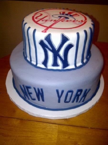 Fantastic 11 New York Yankees Baseball Birthday Cakes Photo New York Funny Birthday Cards Online Benoljebrpdamsfinfo