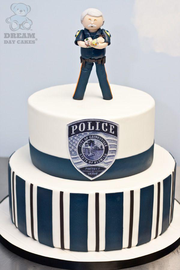 12 Police Man Cakes Photo