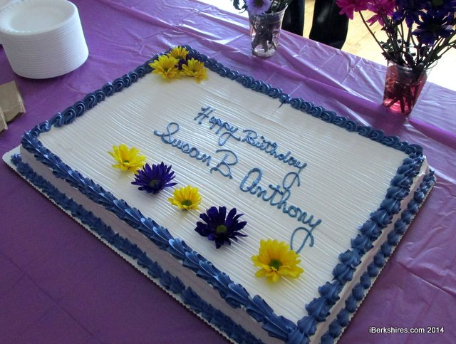 Astonishing 11 Girls Birthday Cakes Price Chopper Photo Strawberry Shortcake Funny Birthday Cards Online Elaedamsfinfo