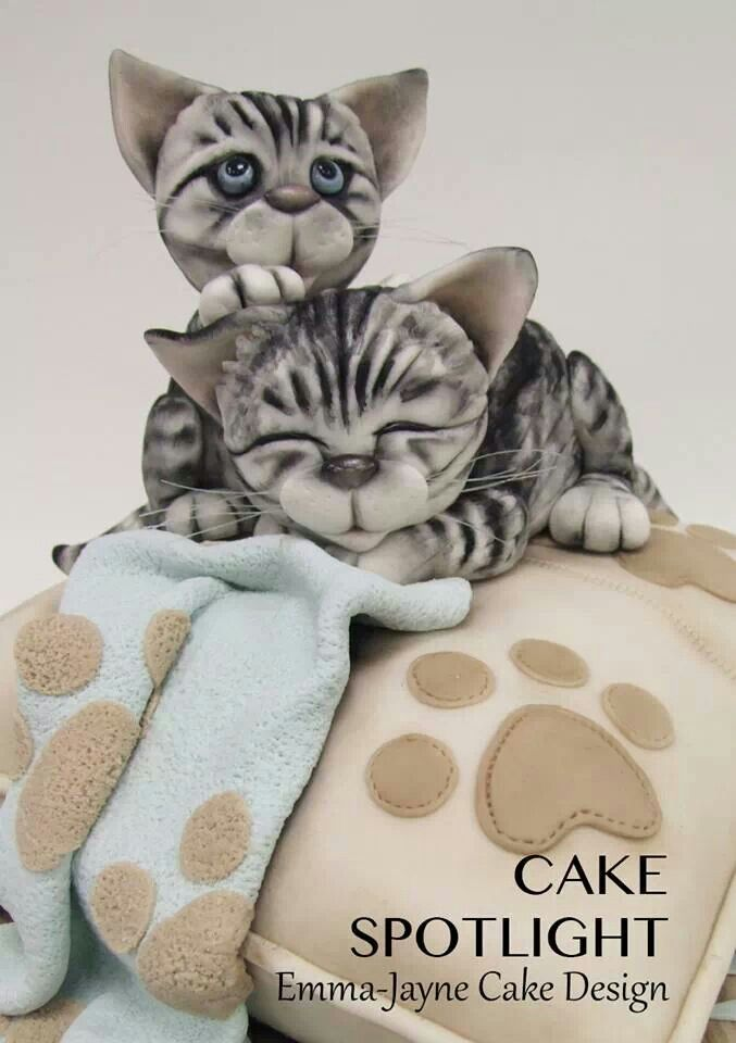 11 Cats Baby Animal Birthday Cakes Photo