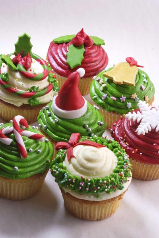 6 Christmas Cupcake Cakes Designs Photo Christmas Cupcake Ideas