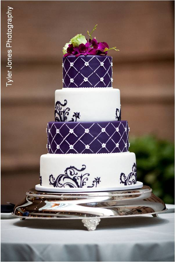 10 Purple Wedding Cakes Black And White Photo Purple And White