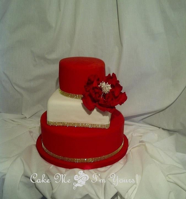 11 Red White And Gold Wedding Cakes Photo Red White And Gold