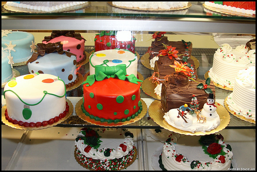 6 Buddy Valastro Christmas Tree Cupcakes Photo Rachael Ray