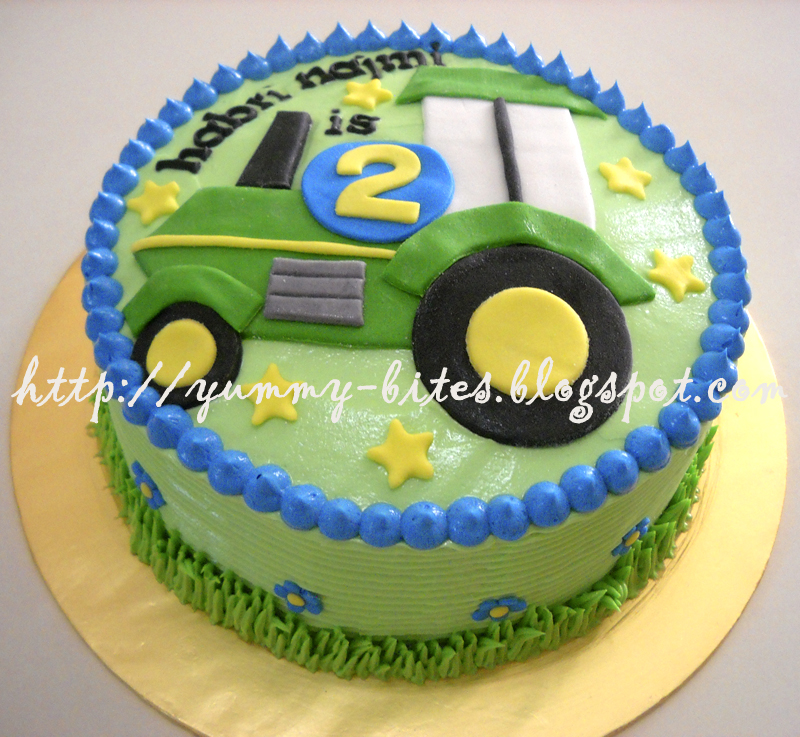 Swell 12 Tractor Themed Cakes Photo Tractor Birthday Cake Tractor And Personalised Birthday Cards Beptaeletsinfo