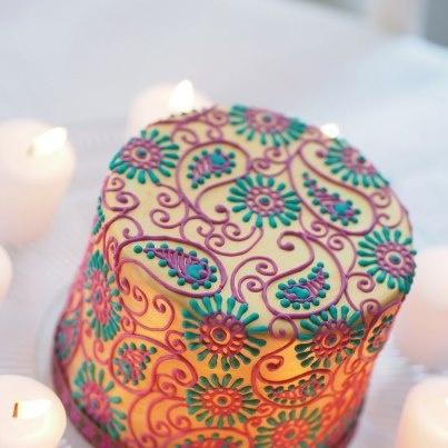 12 Mehndi Pattern On Cakes Photo Henna Mehndi Cake Designs Henna