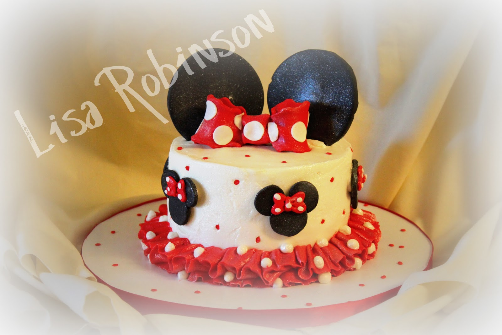 Brilliant 12 Cute Minnie Mouse 1St Birthday Cakes Photo Minnie Mouse Funny Birthday Cards Online Inifodamsfinfo