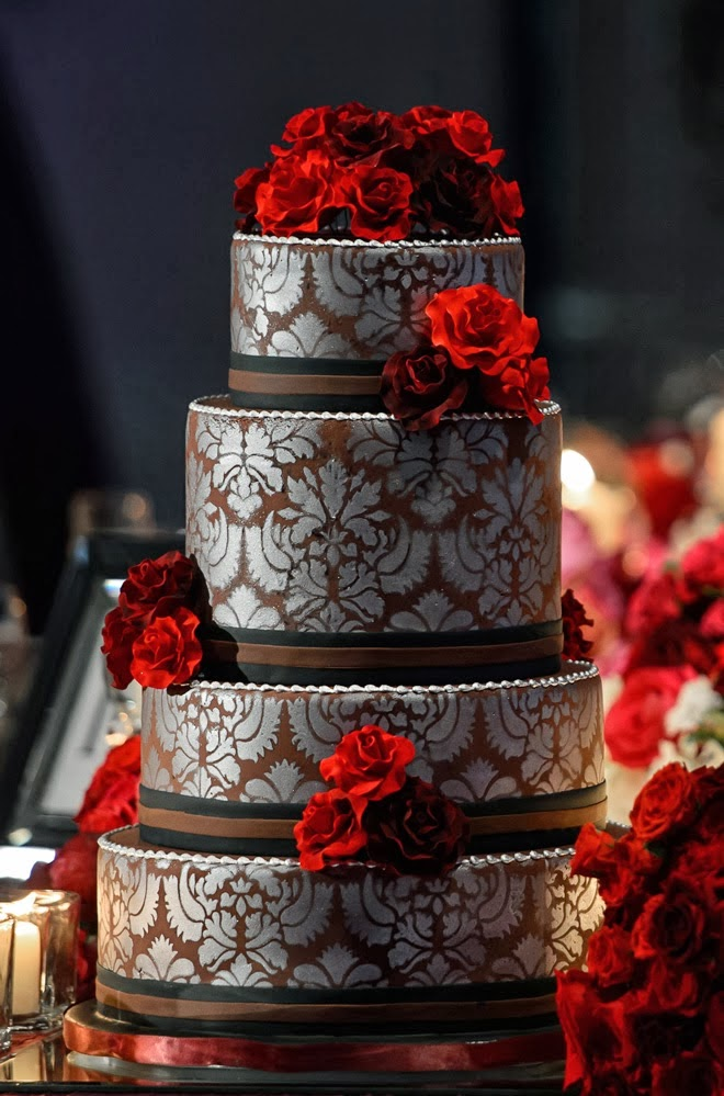 10 Stunning Classic Cakes Photo - Red Black and Silver Wedding Cakes ...