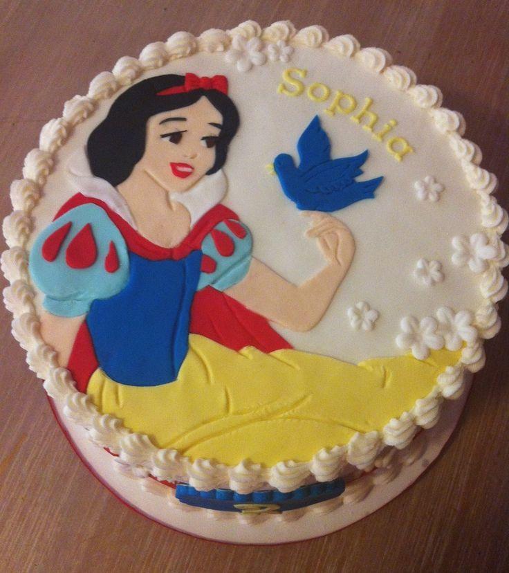 Awe Inspiring 11 Snow White Birthday Cupcakes Photo Snow White Birthday Cake Funny Birthday Cards Online Elaedamsfinfo