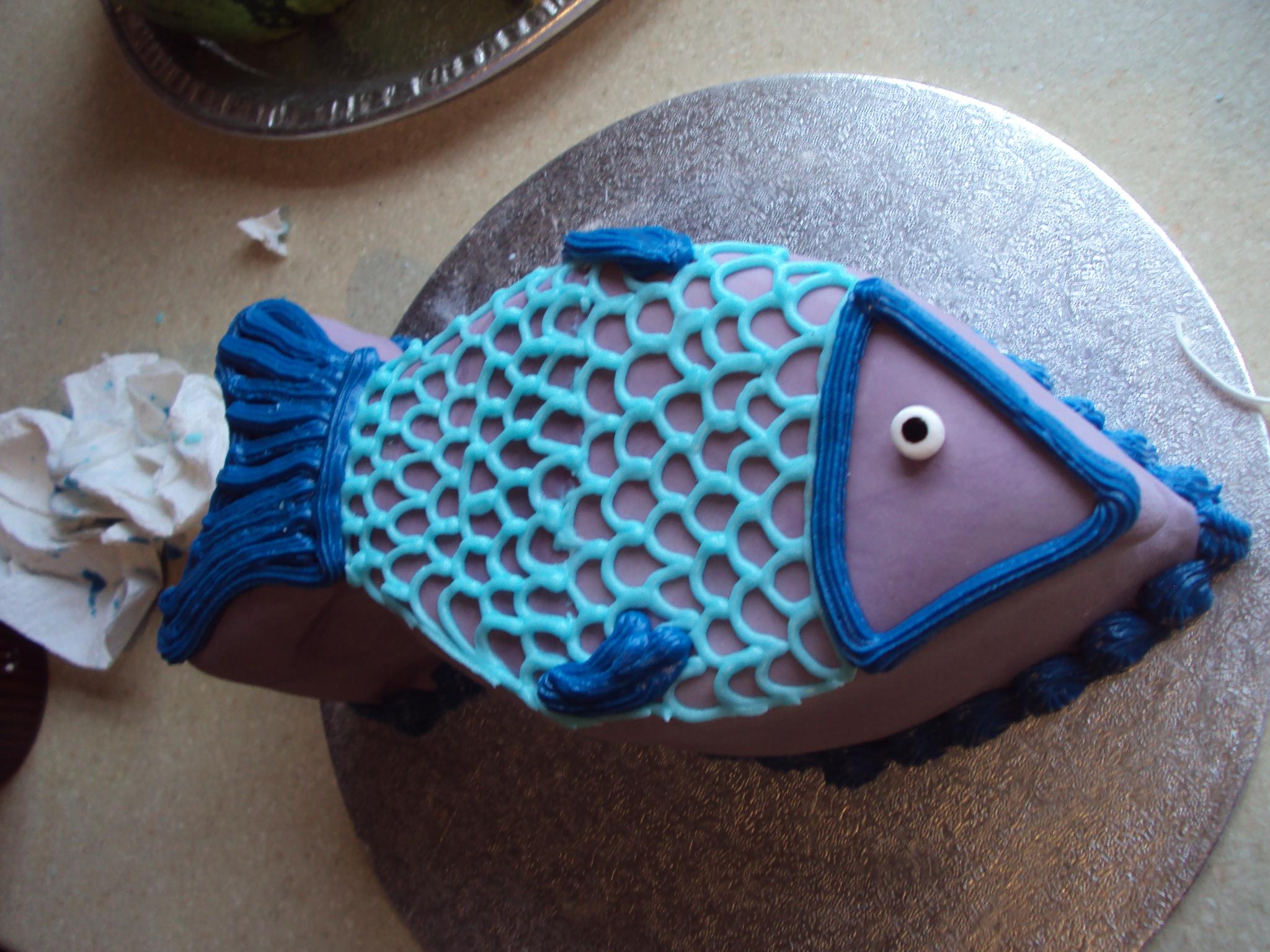 9 Cakes Shaped Like Fish Photo Easy Fish Birthday Cake Ideas