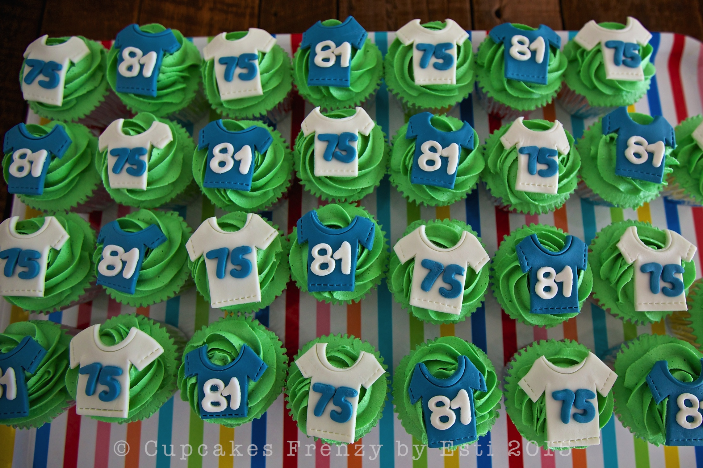 11 Team Jersey Pull Apart Cupcakes Photo Football Jersey Cupcake