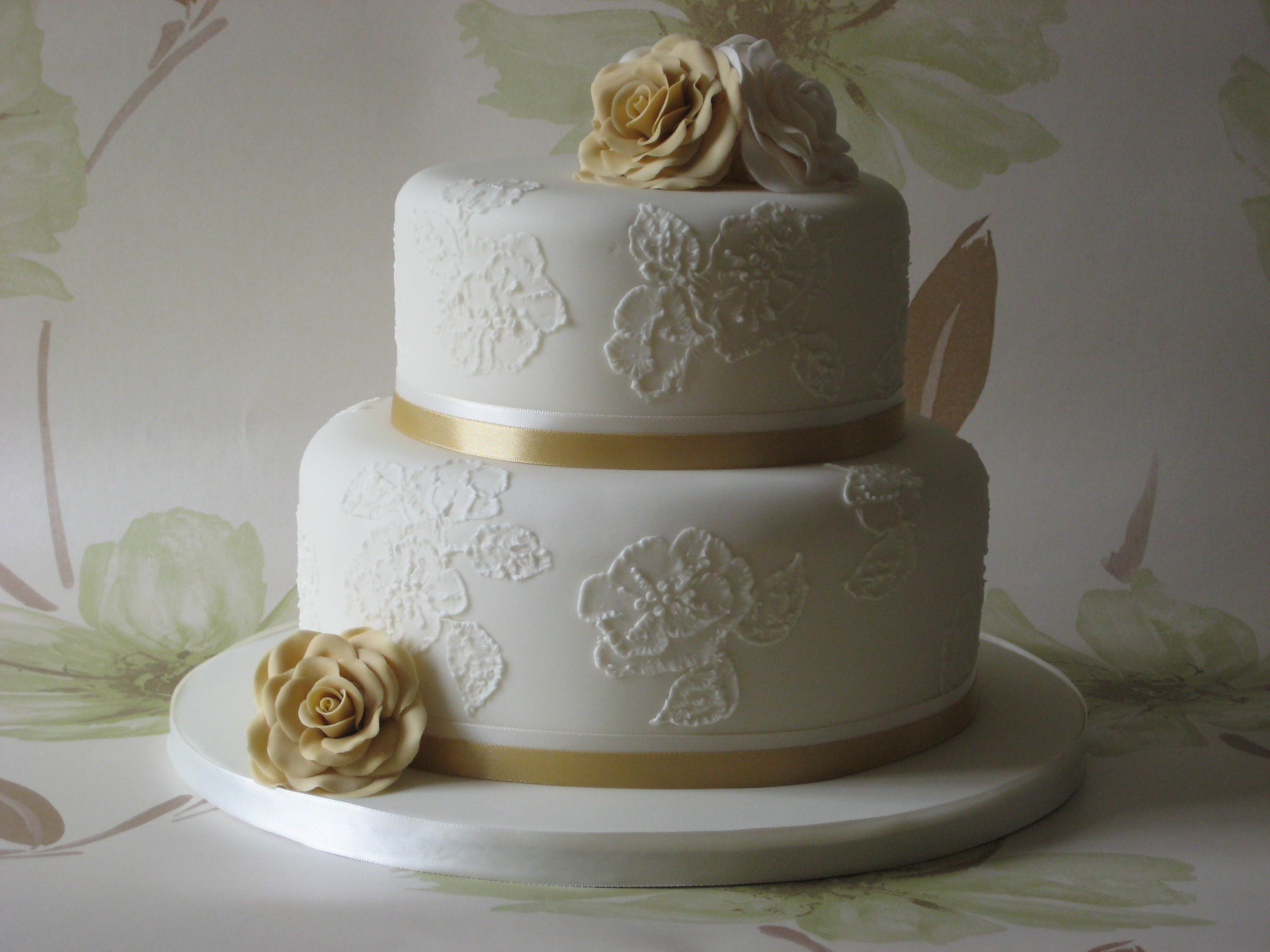 8 Designed Birthday Cakes And Wedding Photo Simple Wedding Cake
