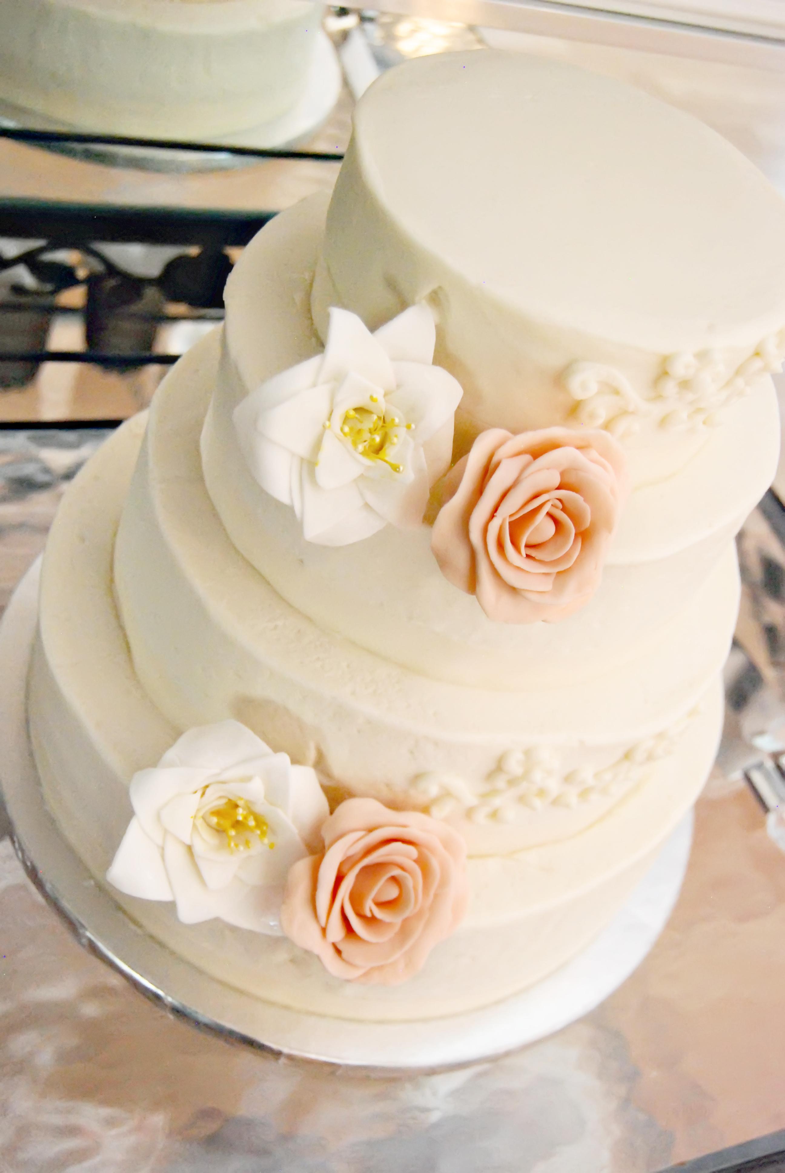 8 Bilo Wedding Cakes Photo Bilo Bakery Birthday Cakes Beautiful